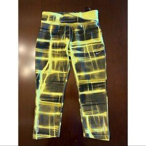 Nike Dri-Fit Capri pants XS - gently used